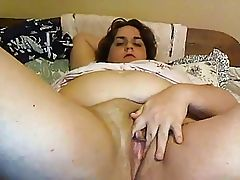 Hairy chubby amateur rubbing her meaty pussy